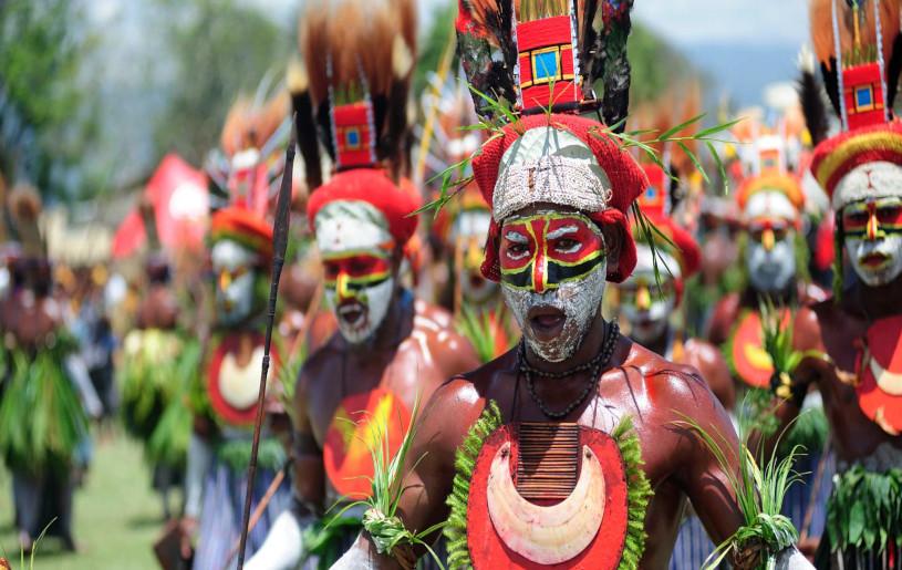 Papua New Guinea tribesmen