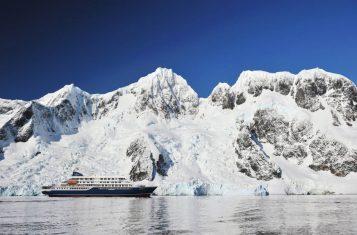 Greenland_hondius_iceberg