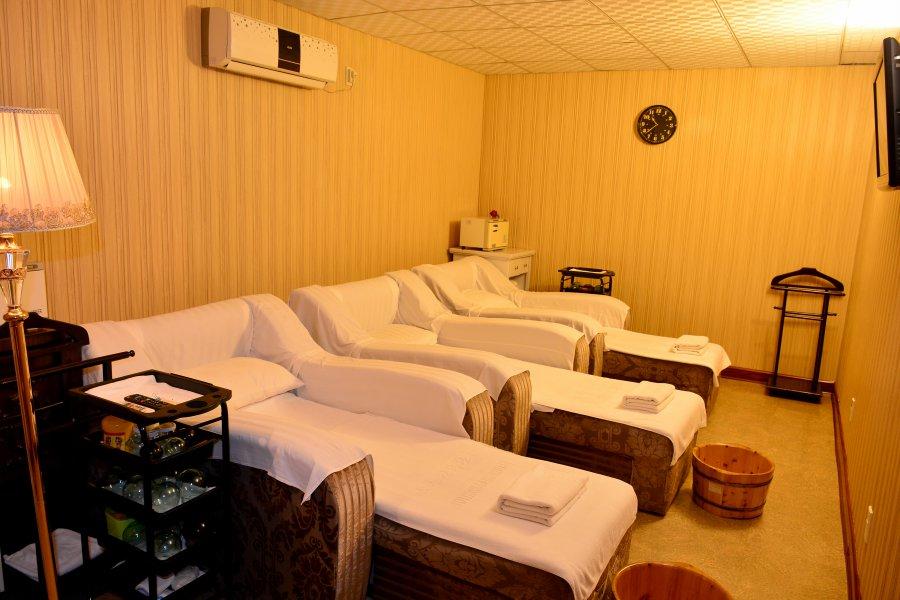Pothonggang Hotel Massage