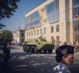 tanks in South Ossetia parade