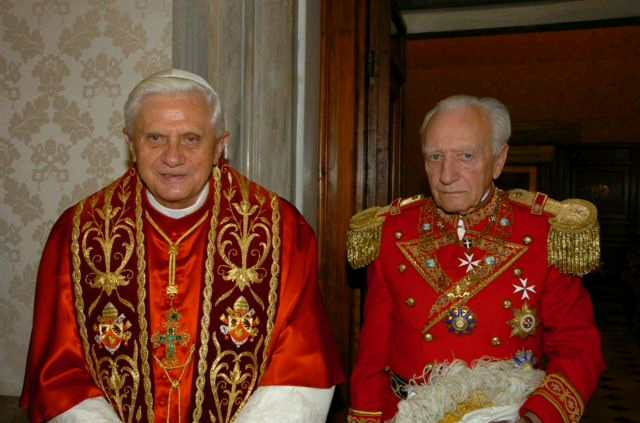 Two elderly members of the Sovereign Military Order of Malta.