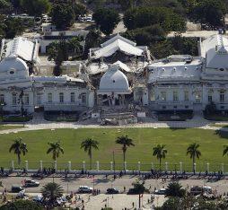 Damage on Haiti national palace from earthquake