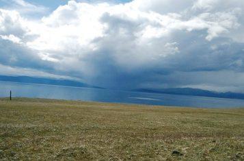 Lake Khovsgol, where takes place the Mongolia Ice Marathon