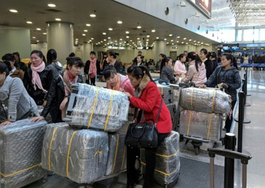 can north koreans travel