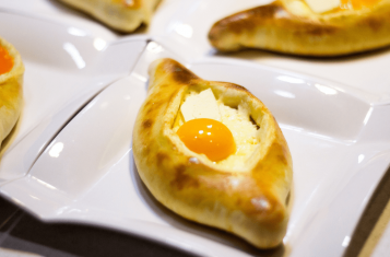 Khachapuri - 10 Mouth-Watering Facts About This Beautiful Georgian Food