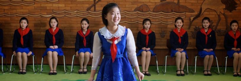 school children in pyongyang
